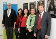 Press talk: Christoph Kratky, Nadia Tukhtubaeva, Andrea Barta, Renée Schroeder, BM Karlheinz Töchterle. (credit: HBF/Scheibenbauer)